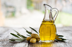 stock-photo-53662472-olive-oil
